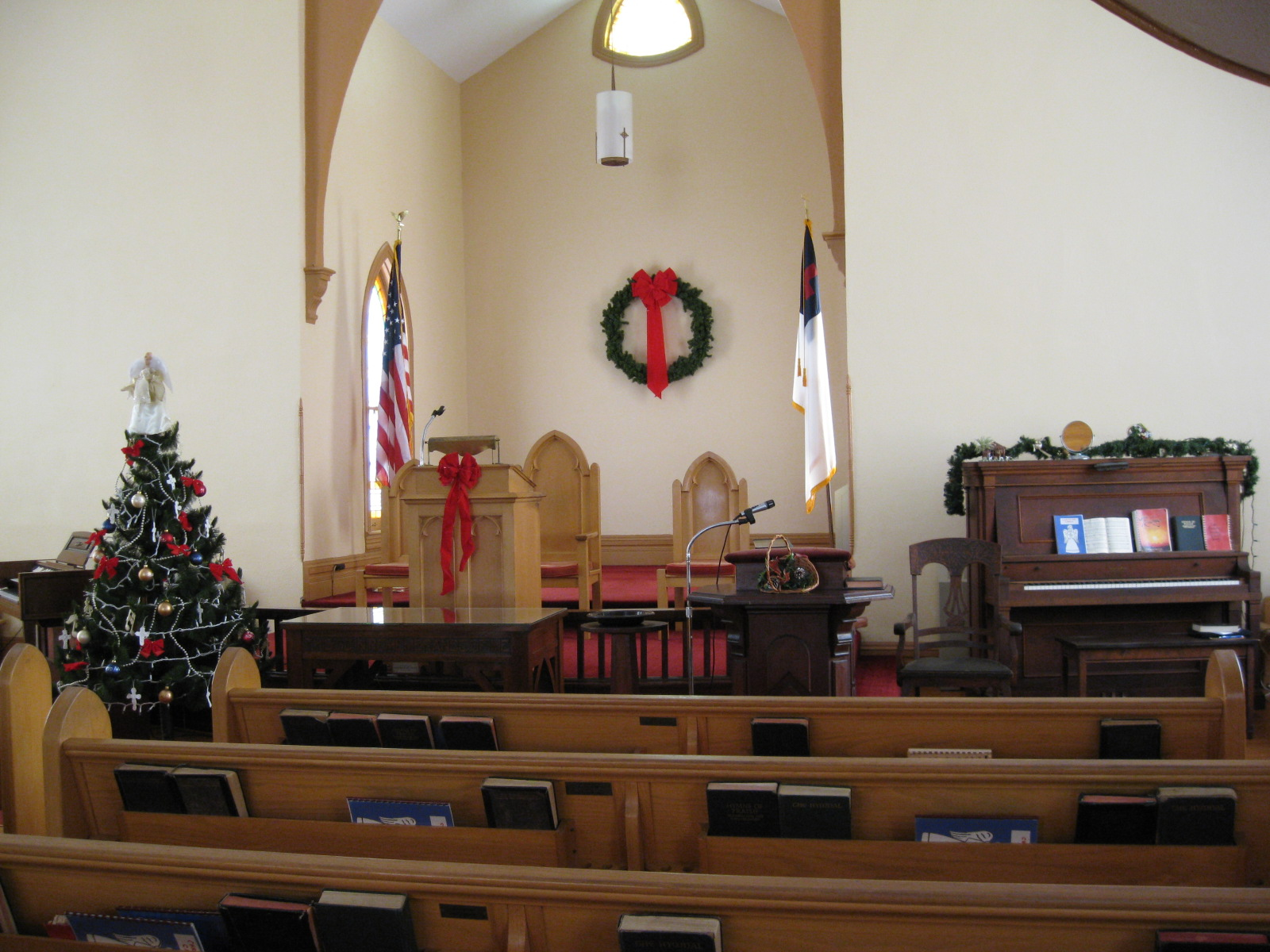 Christmas Sanctuary 2010 Decorations